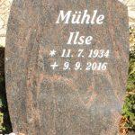 Hochstein aus Aruba, vertiefte Inschrift lichtgrau getönt
