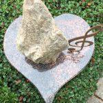 Herzplatte aus Aruba mit eisernem Notenschlüssel